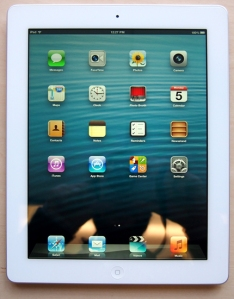 304760-apple-ipad-4th-generation-wi-fi-front