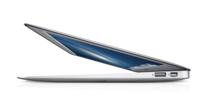 325217-apple-macbook-air-13-inch-mid-2013-trend-setter