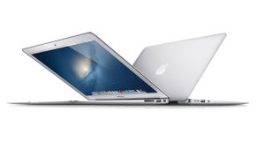 325223-apple-macbook-air-13-inch-mid-2013-storage